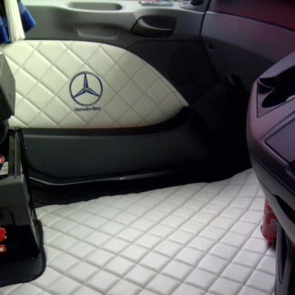 Mats, Doorcards & Seat Wraps